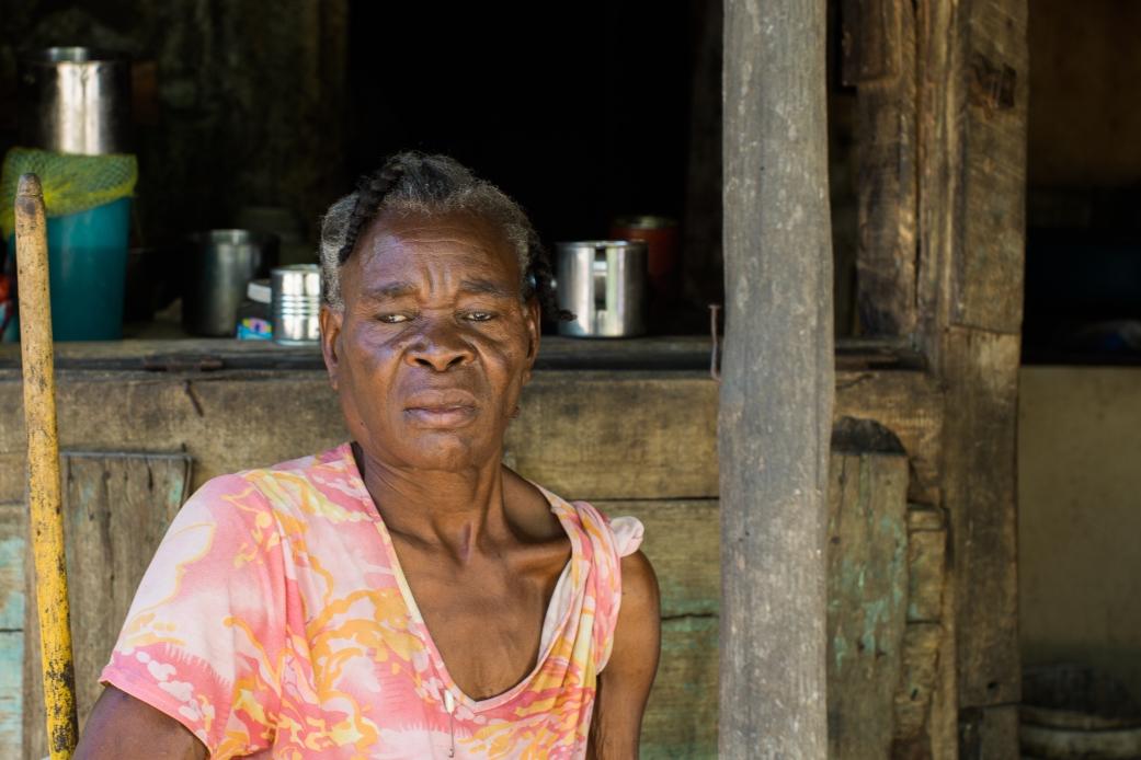 2015-09-05 Sugar Cane Villages_Cubana_2-13