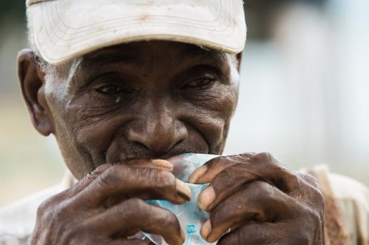 2015-09-05 Sugar Cane Villages_Cubana_2-36